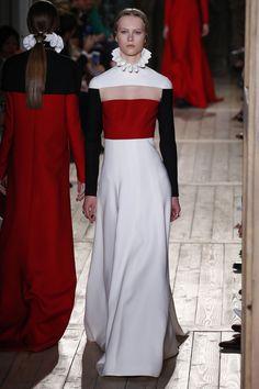 Valentino   Haute Couture - Autumn 2016   Look 57
