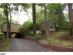 Architect designed contemporary in Bala Cynwyd.