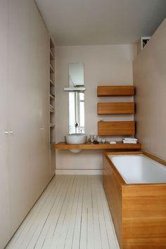 Et aussi : Une salle de bains en bois astucieuse - 21 belles salles de bains qui optimisent l'espace - CôtéMaison.fr
