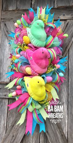 Your place to buy and sell all things handmade – Spring Wreath İdeas. Easter Bunny Decorations, Easter Wreaths, Holiday Wreaths, Holiday Crafts, Easter Decor, Mesh Wreaths, Diy Spring Wreath, Diy Wreath, Easter Projects