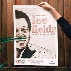 Visitamos o QG do Queremos pra garantir nosso pôster do show do Lee Fields que rola nessa Quarta! Clique no link da bio e ouça nossa playlist de aquecimento. 🎧🎶  .  .  .  .  .  .  .  #teclamusic #tecla #teclamusicagency #music #sound #wesoundthink #queremos #leefields #poster #pinterest #whi