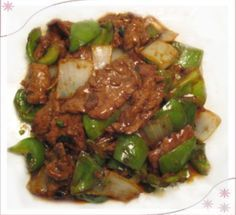 Crockpot Pepper Steak and Rice 2lbs beef sirloin, cut into strips -Garlic powder -Vegetable oil -1 beef bullion cube -1/4 cup hot water -1 small onion, chopped -2 large bell peppers, chopped -3 Tbs. soy sauce -1 tsp. sugar -1 tsp. salt Cook on low 4-6 hours or high 2-3