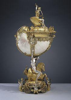 From Royal Collection Trust, Nikolaus Schmidt, Nautilus cup (ca. Nautilus shell with parcel-gilt silver mounts, 52 × 24 × 16 in Schmidt, Art Nouveau, Royal Collection Trust, Nautilus Shell, Shell Art, Sculpture, Ancient Artifacts, Ivoire, Jewelry