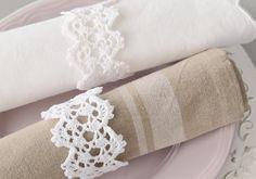 Free crochet pattern - Crochet Napkin ring by Coats | MakeitCoats.com