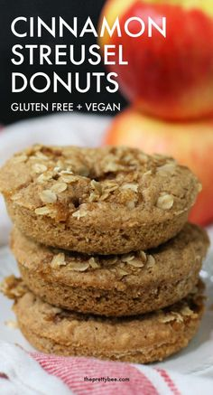 These cinnamon streusel donuts are soft and tender, and have a crunchy, delicious oat topping. These are the perfect fall breakfast treat! Gluten Free Doughnuts, Gluten Free Oats, Dairy Free, Healthy Donuts, Donut Recipes, Vegan Recipes, Pumpkin Spice Cake, Fall Breakfast, Gluten Free Recipes For Dinner