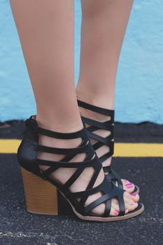 Black Strappy Caged Stacked Heel Zipper Back Barnes-23A – UOIOnline.com: Women's Clothing Boutique