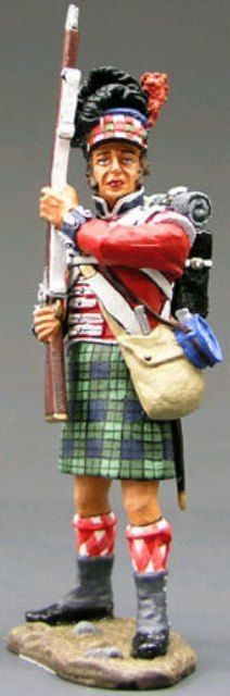 Napoleonic British Army NA049 42nd Highlander Standing Ready - Made by King and Country Military Miniatures and Models. Factory made, hand assembled, painted and boxed in a padded decorative box. Excellent gift for the enthusiast.