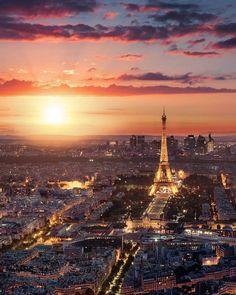 Fin d'après midi à paris france в 2019 г. franța, călătorii и fundalur Tour Eiffel, Paris Torre Eiffel, Paris Hotels, Beautiful Paris, Beautiful Sunset, Paris France, France City, Sunset Photos, Wonders Of The World