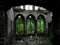 Forest Ruins In Hafodunos Hall, Llangernyw, North Wales Abandoned Buildings, Abandoned Mansions, Old Buildings, Abandoned Places, Abandoned Castles, Christ Of The Abyss, Places Around The World, Around The Worlds, North Wales
