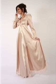Liliana Casanova Victoire Long Silk Robe