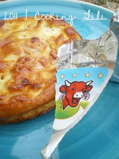 Quiche vache qui rit® et jambon6 C à soupe de fromage blanc 2 C à soupe de moutarde 3 oeufs 6 tranches de jambon 6 fromages vache qui rit®