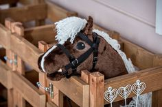Horse Stalls, Horse Tack, Stick Horses, Horse Pattern, Horse Crafts, Hobby Horse, Toy Rooms, Horse Photos, Craft Sale