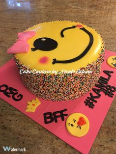 Birthday Party Emoji Fun 56 Ideas For 2019 9th Birthday Parties, 12th Birthday, Birthday Cake Girls, Birthday Fun, Birthday Emoji, Princess Birthday, Emoji Cake, Girls Party, Cupcake Cakes