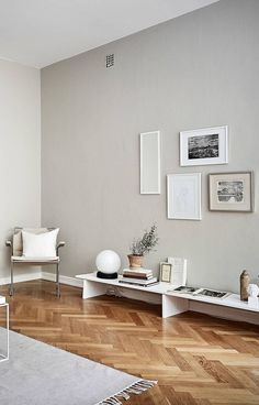 Minimal Home With Warm Colors Interior Wall Colors Home with regard to Minimal Home Decor - Home Design Ideas Interior Wall Colors, Interior Rugs, Living Room Interior, Interior Design Minimalist, Minimalist Decor, Home Interior Design, Minimalist Style, Minimalist Living, Living Room Colors