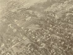 Airborne view of campus 1946. From the 1947 Oregana (University of Oregon yearbook). www.CampusAttic.com