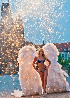Candice, the ultimate angel wings Candice Swanepoel #VS Angel wings Victoria's Secret