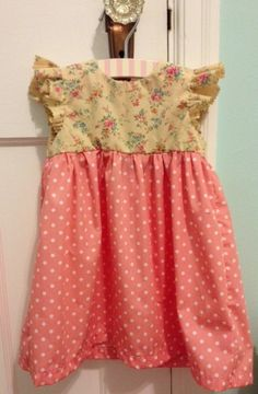Floral and Dot Geranium dress (awesome pattern by @rae underhill Hoekstra) #sewing #diy #geraniumdress