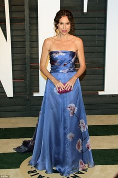 Lady in Lilac: Minnie Driver at the Vanity Fair Oscars bash on Sunday night in Los Angeles. Minnie Driver, Strapless Dress Formal, Formal Dresses, Wakefield, Sunday Night, Ankara Styles, New Love, New Man, Oscars