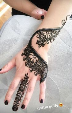 Hand and Finer Henna Designs for Girls