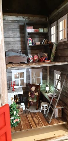 kuva Deck The Halls, Ladder Decor, Diy And Crafts, Christmas Crafts, Miniatures, Furniture, Home Decor, Dollhouses, Barbie