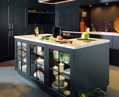 Luxury Kitchen Cabinets Luxury Kitchen Cabinets and Kitchen Design Luxury Kitchen Cabinets. If you thought that luxury kitchen cabinets are only the privilege of the rich and elite, then you are wr… Modern Kitchen Interiors, Luxury Kitchen Design, Best Kitchen Designs, Interior Design Kitchen, Kitchen Modern, Stylish Kitchen, Kitchen Industrial, Contemporary Kitchens, Kitchen Rustic