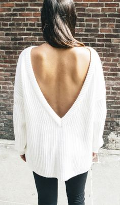 Beautiful backless sweater, perfect for fall!