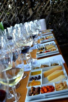 Afraid of Hosting a Wine Tasting Party? Steps on how to host a stress free wine tasting. Cheers!