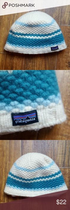 Patagonia Wool Knit Beanie Skull Cap Fleece Lined Super cute knit hat in 100% wool with polyester lining. In very good used condition. Make an offer! :) Patagonia Accessories Hats