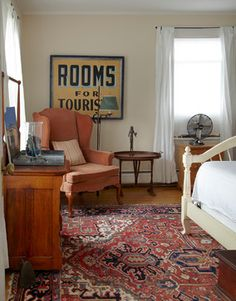 Rooms for Tourists sign in guest bedroom, vintage fan eclectic bedroom by Ken Gutmaker Architectural Photography Stylish Bedroom, Modern Bedroom, Eclectic Bedrooms, Minimal Bedroom, Bedroom Furniture Design, Bedroom Decor, Bedroom Ideas, Bedroom Clocks, Bedroom Photos