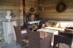 Romantische tuinkamer - overkapping - buitenkamer - veranda. Foto: Vicas Tuinontwerpen, www.vicas.nl.