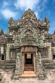 Banteay Samre, Angkor, Cambodia...we're getting exotic today! I would love to travel to Cambodia one day! www.annjaneliving.com