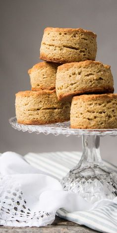 Gluten Free, Low Carb & Keto Biscuits Mile-High & Flakey! #keto #lowcarb #glutenfree #healthyrecipes #biscuits #grainfree