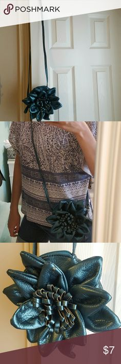 """Giannini Blue Faux Leather Flower Crossbody Bag A little bit of damage on one of the """"pedals"""", but in good condition overall. Giannini Bags Crossbody Bags"""