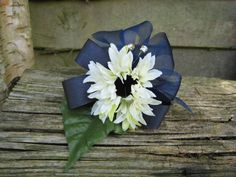 Flower corsage,Small Cream and Green Daisies with Navy Blue Bows. Wedding, Prom and Events.