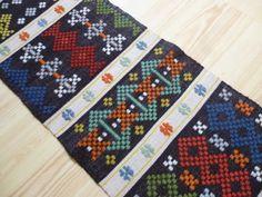 halvkrabba ハルブクラバ織り タペストリー