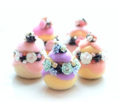 【Hydie Tan】Needle felted cake, Paris religieuse home decor, white rose, peach icing, chocolate cream cake pastry miniature ♥ Felt Wool Doll