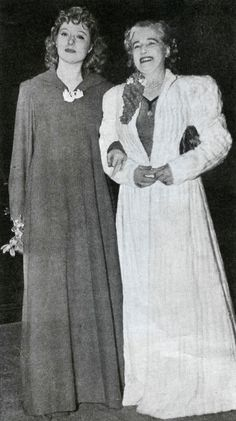 "Greer Garson with her mother, Nina Garson, at the premiere of ""Goodbye, Mr. Chips"" (1939)"