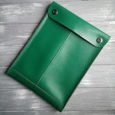Green leather folder for documents Macbook pro case Leather business portfolio MacBook cover Leather