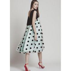 #DressCamagüey de #BeatrizPeñalver en #OhMyChic!. Temporada de #bodas.  #Summer, #invitadaperfecta, #InvitadasOhMyChic!, #style, #fashion, #betrendy, #beunique, #diseñosexclusivos. El escaparate de #diseñadoresdemodaespañoles, #style, #cool, #madrid