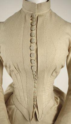 Late Victorian Dress ca. 1880