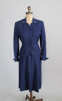 gorgeous late 1940s suit