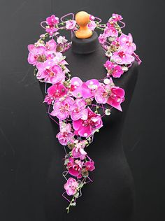 How about an incredible necklace instead of a bouquet? charlotte-baker-tatton-flower-show