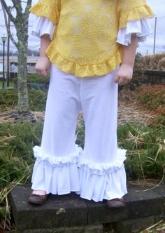 Knit Ruffled Pants  Girls ruffled pants  Matilda by HeavnlyCouture, $31.00