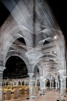 An expansive pavilion of architectural elements built by Edoardo Tresoldi of wire mesh - Cultural Architecture Cultural Architecture, Art And Architecture, Design Lab, Abu Dhabi, Colossal Art, Wire Mesh, Stage Design, Architectural Elements, Public Art