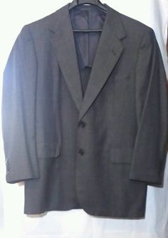 Oxxford Clothes Charcoal Gray Super 100s Onwentsia Birds Eye sport coat, 43R #OxxfordClothes #TwoButton