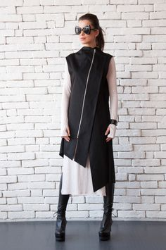 Long Tunic Tops, Long Tops, Girl Fashion, Fashion Outfits, Casual Outfits, Loose Shirts, Asymmetrical Tops, Mode Style, Ladies Dress Design