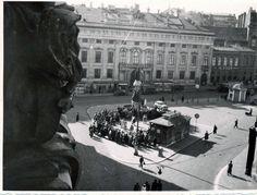 Vintage Vienna Vienna, Louvre, Building, Vintage, Trench, Vintage Photos, Archive, Dance, City