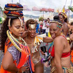 Carnival Tuesday   De crew  #trinidadcarnival #trinidadcarnival2017 #riddim #vibe #thelosttribe #mas #soca #carnivaltabanca #costume #colour #energy #vibrance