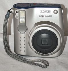 FUJIFILM Instax Mini 10 Film Instant Camera Tested and in Full Working Order