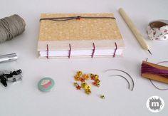 Cuaderno copto http://artesanio.com/murice-regalos-especiales/cuaderno-minicopto-roleos+118961